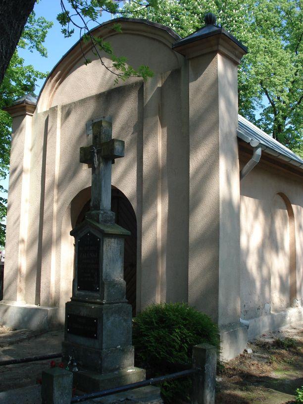2007-05-20 Stara Rawa - cmentarz parafialny (4)