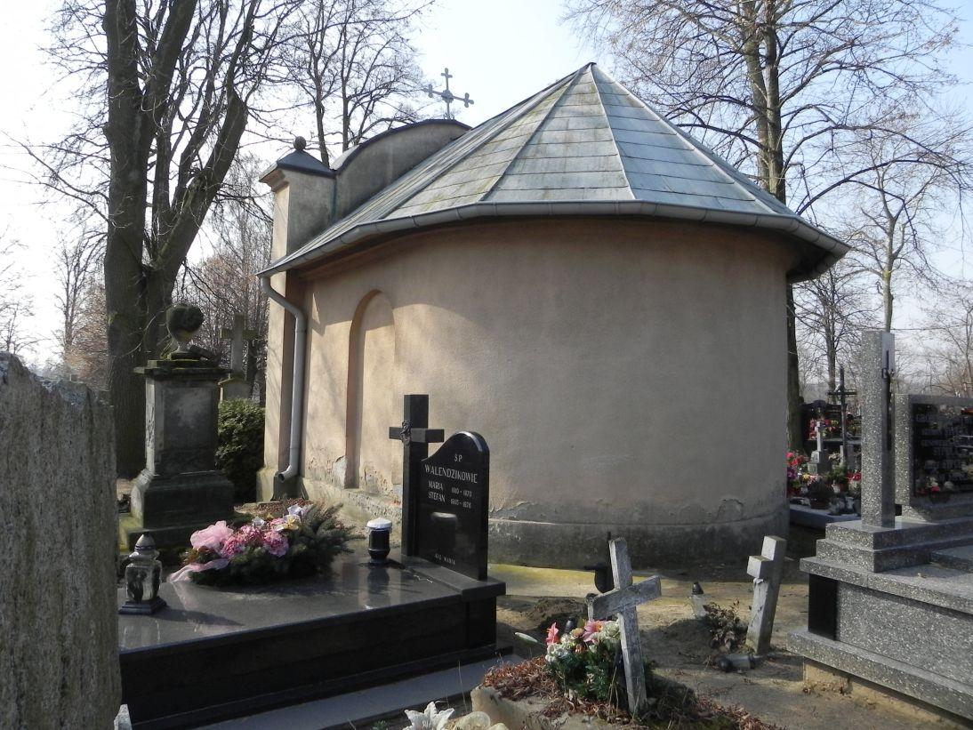 2012-03-18 Stara Rawa - cmentarz parafialny (11)