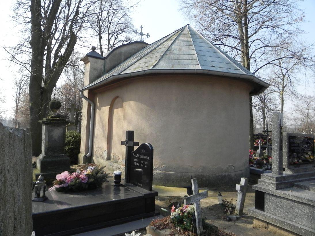 2012-03-18 Stara Rawa - cmentarz parafialny (12)