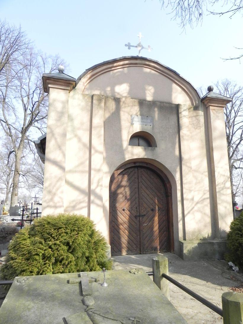 2012-03-18 Stara Rawa - cmentarz parafialny (5)