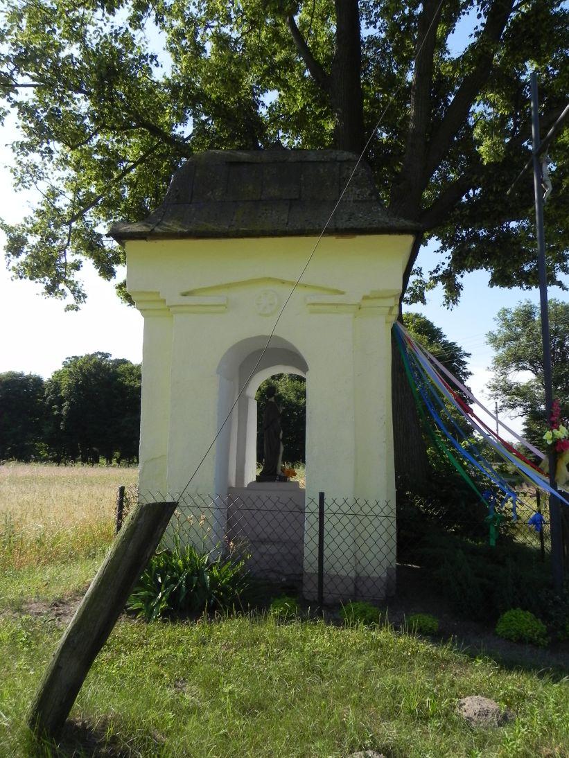 2011-06-26 Wielka Wola kapliczka nr1 (6)