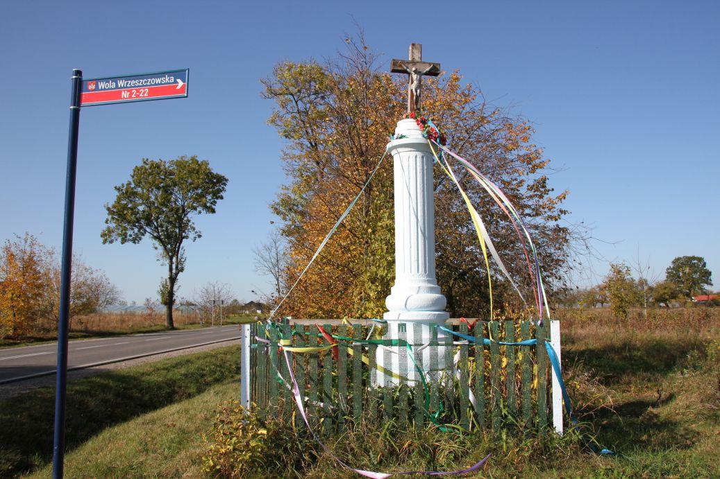 2019-10-13 Wola Wrzeszczowska kapliczka nr1 (10)