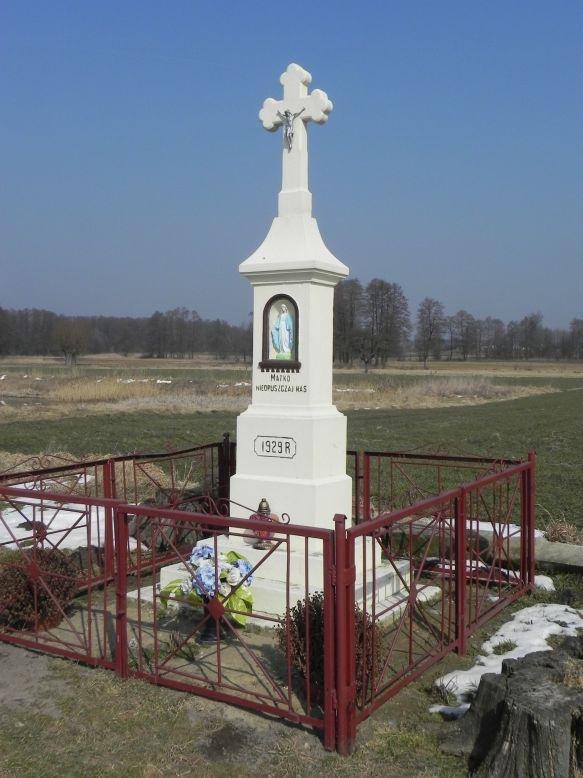 2018-03-25 Wylezinek kapliczka nr2 (3)