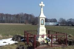 2018-03-25 Wylezinek kapliczka nr2 (7)