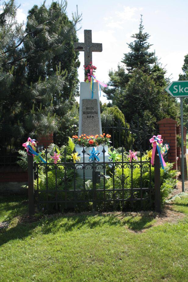 2018-05-20 Wysokienice kapliczka nr3 (4)