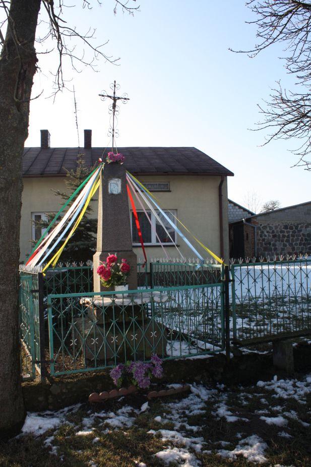 2019-02-08 Wysokienice kapliczka nr1 (1)