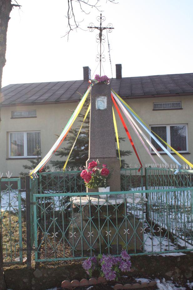 2019-02-08 Wysokienice kapliczka nr1 (2)