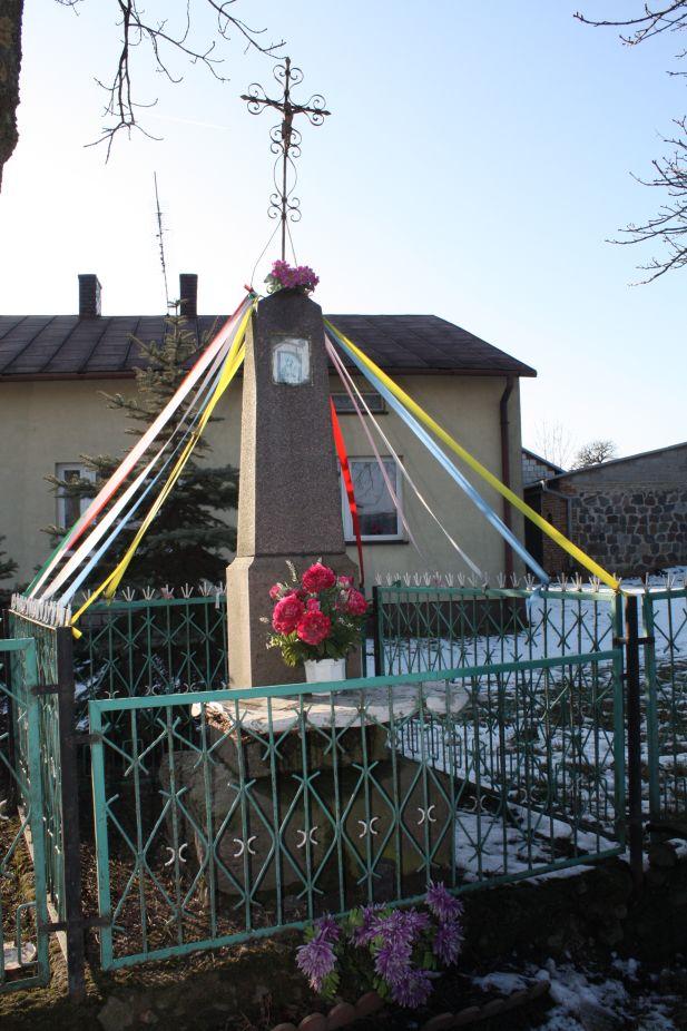 2019-02-08 Wysokienice kapliczka nr1 (9)