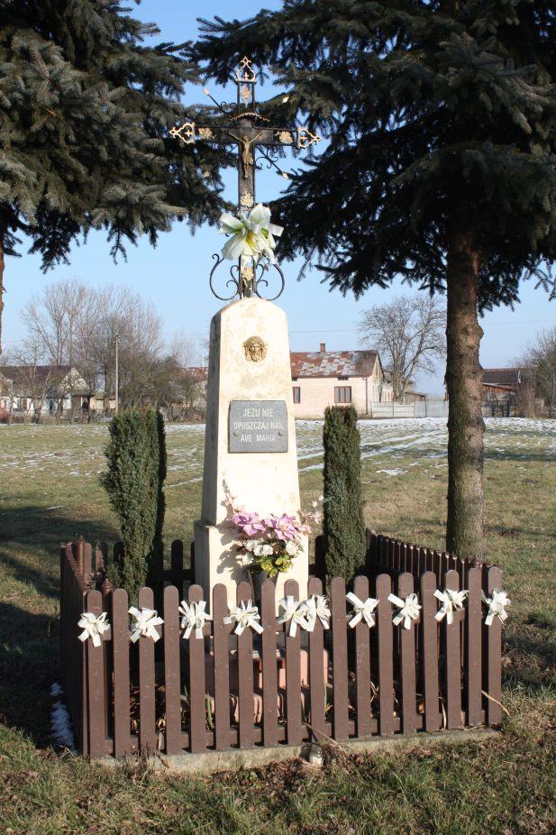 2019-02-08 Wysokienice kapliczka nr2 (4)