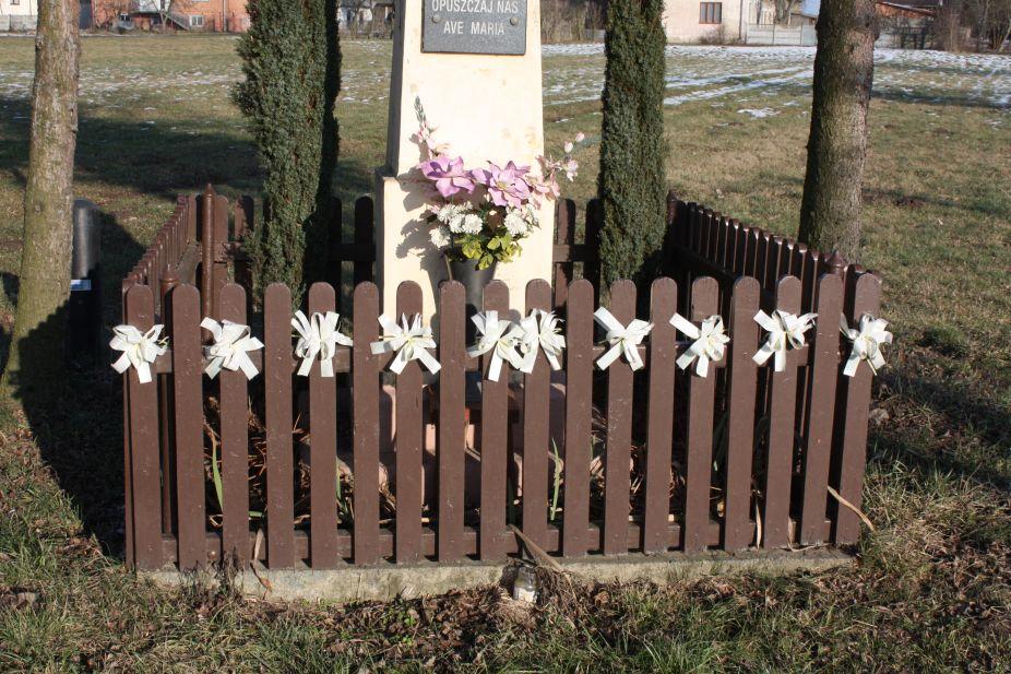 2019-02-08 Wysokienice kapliczka nr2 (5)