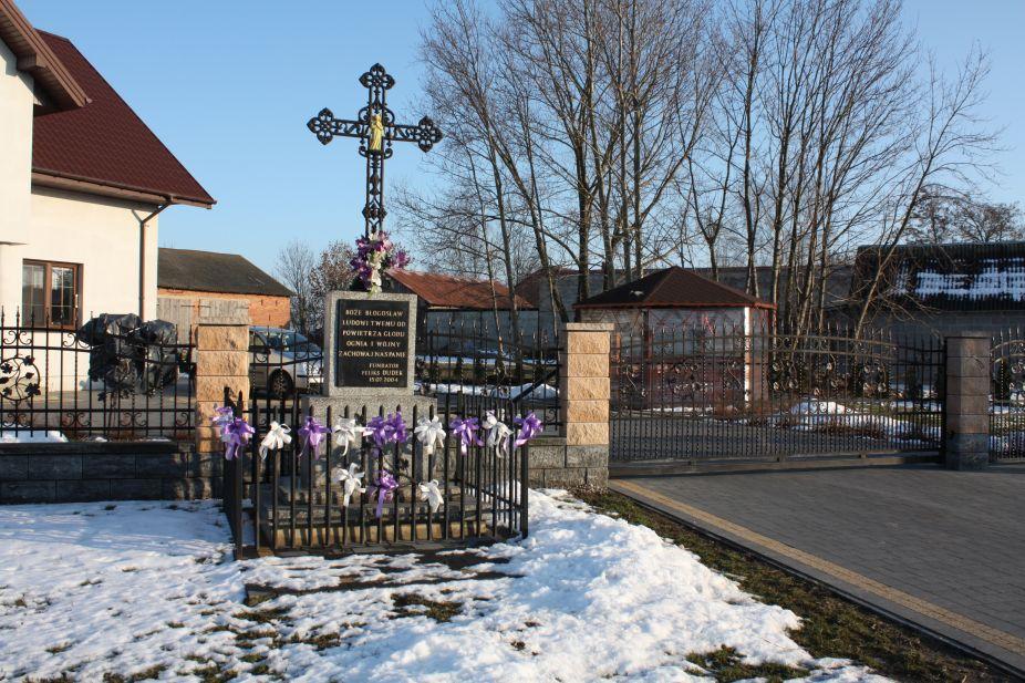 2019-02-08 Wysokienice kapliczka nr5 (1)
