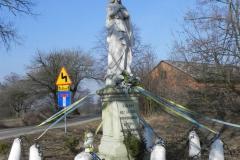 2012-03-25 Wysokienice kapliczka nr4 (3)