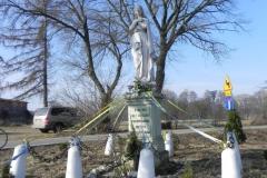 2012-03-25 Wysokienice kapliczka nr4 (6)