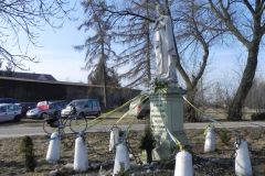 2012-03-25 Wysokienice kapliczka nr4 (7)