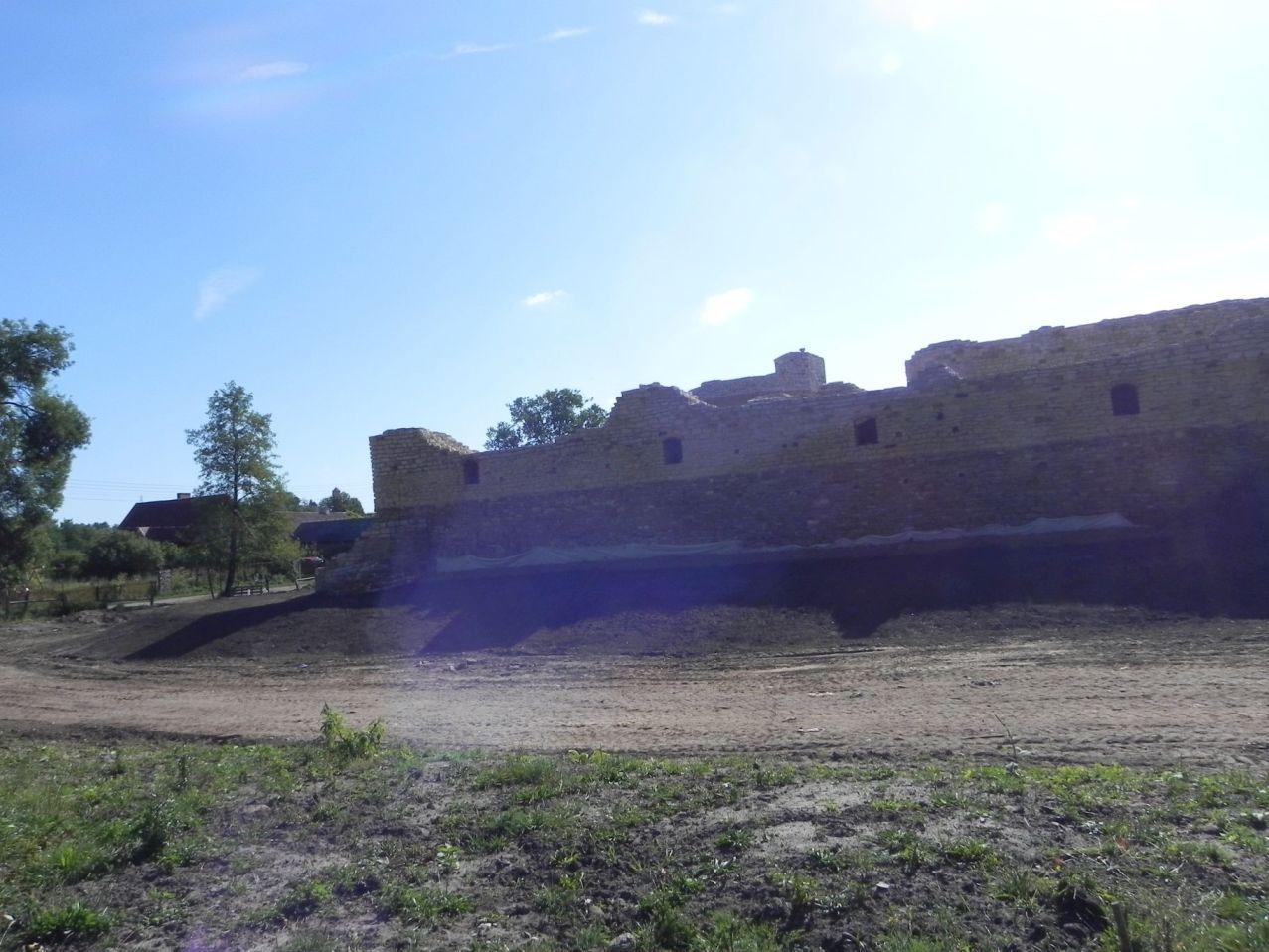 2012-07-22 Inowłódz - Ruiny zamku (27)