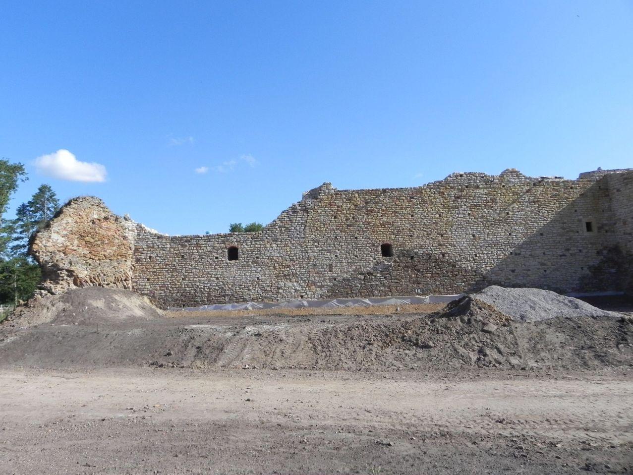 2012-07-22 Inowłódz - Ruiny zamku (32)