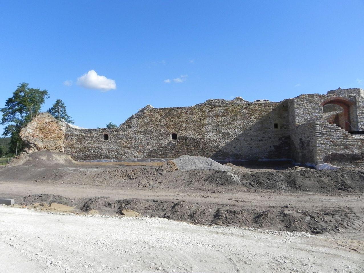 2012-07-22 Inowłódz - Ruiny zamku (35)