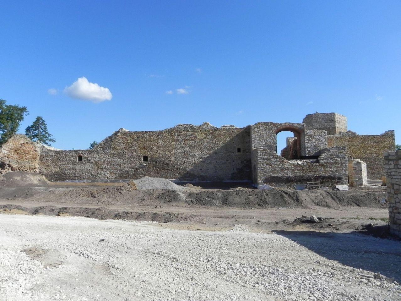 2012-07-22 Inowłódz - Ruiny zamku (38)