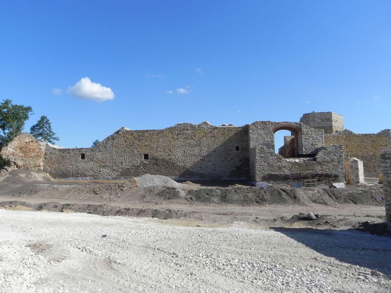 2012-07-22 Inowłódz - Ruiny zamku (39)