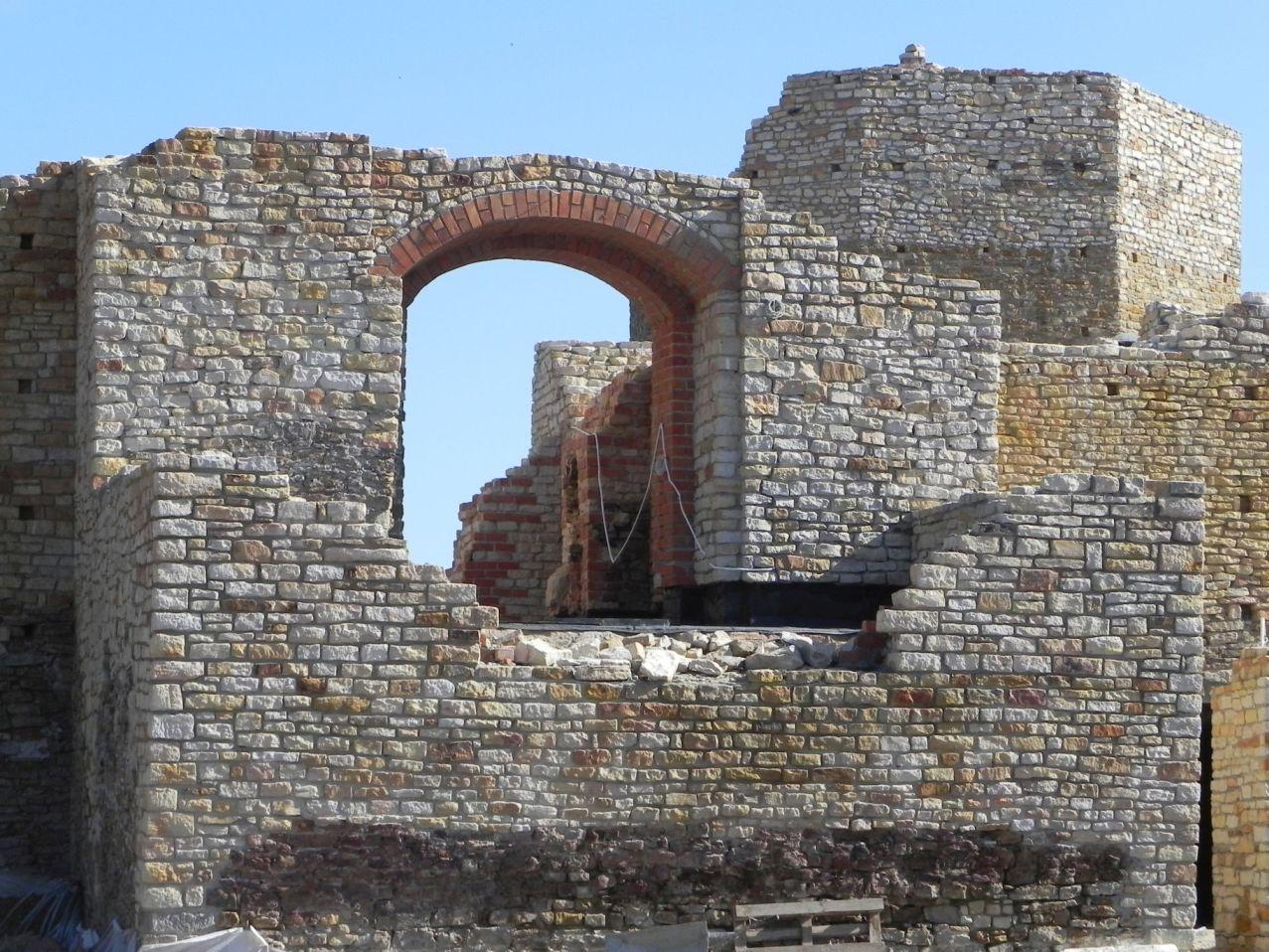 2012-07-22 Inowłódz - Ruiny zamku (41)