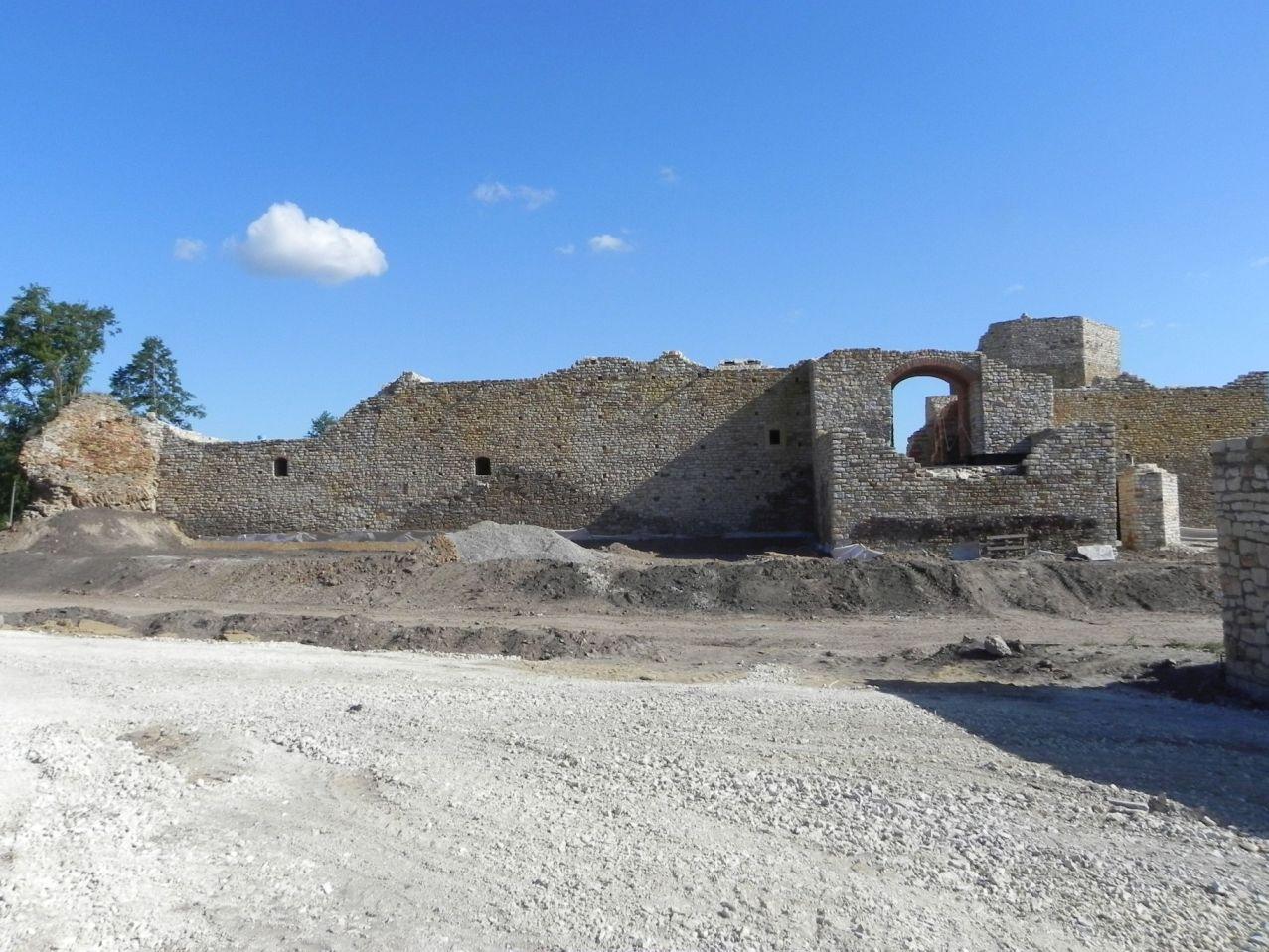 2012-07-22 Inowłódz - Ruiny zamku (43)