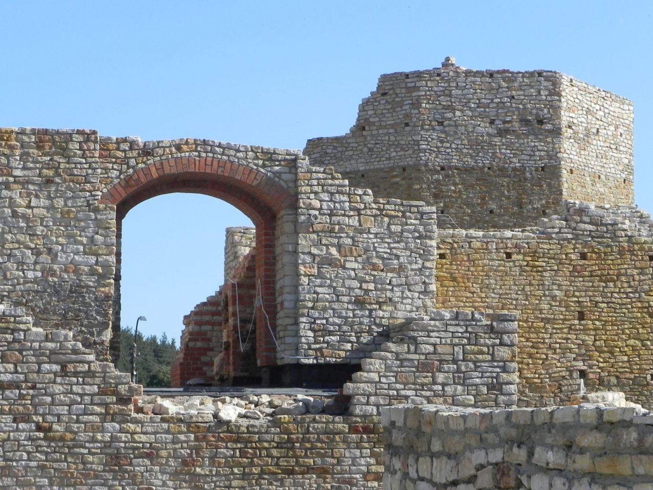 2012-07-22 Inowłódz - Ruiny zamku (48)