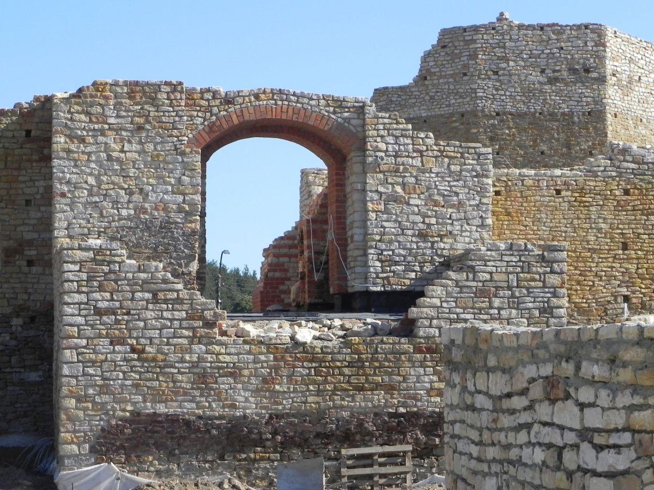 2012-07-22 Inowłódz - Ruiny zamku (49)