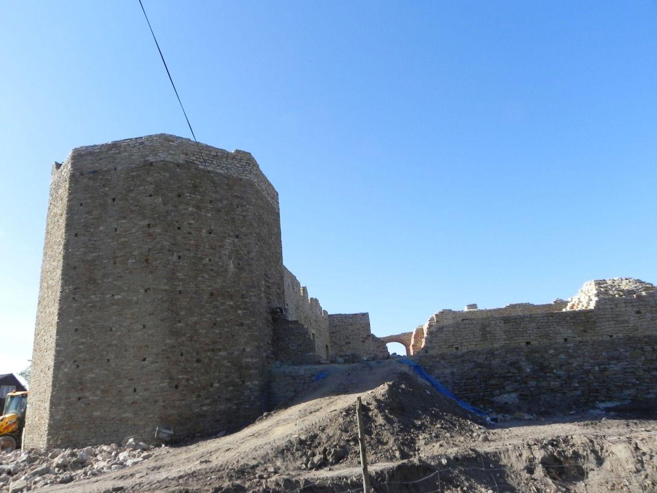 2012-07-22 Inowłódz - Ruiny zamku (8)