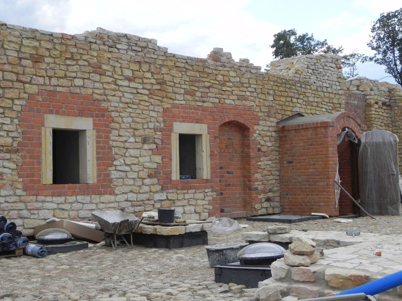 2012-07-22 Inowłódz - Ruiny zamku (98)