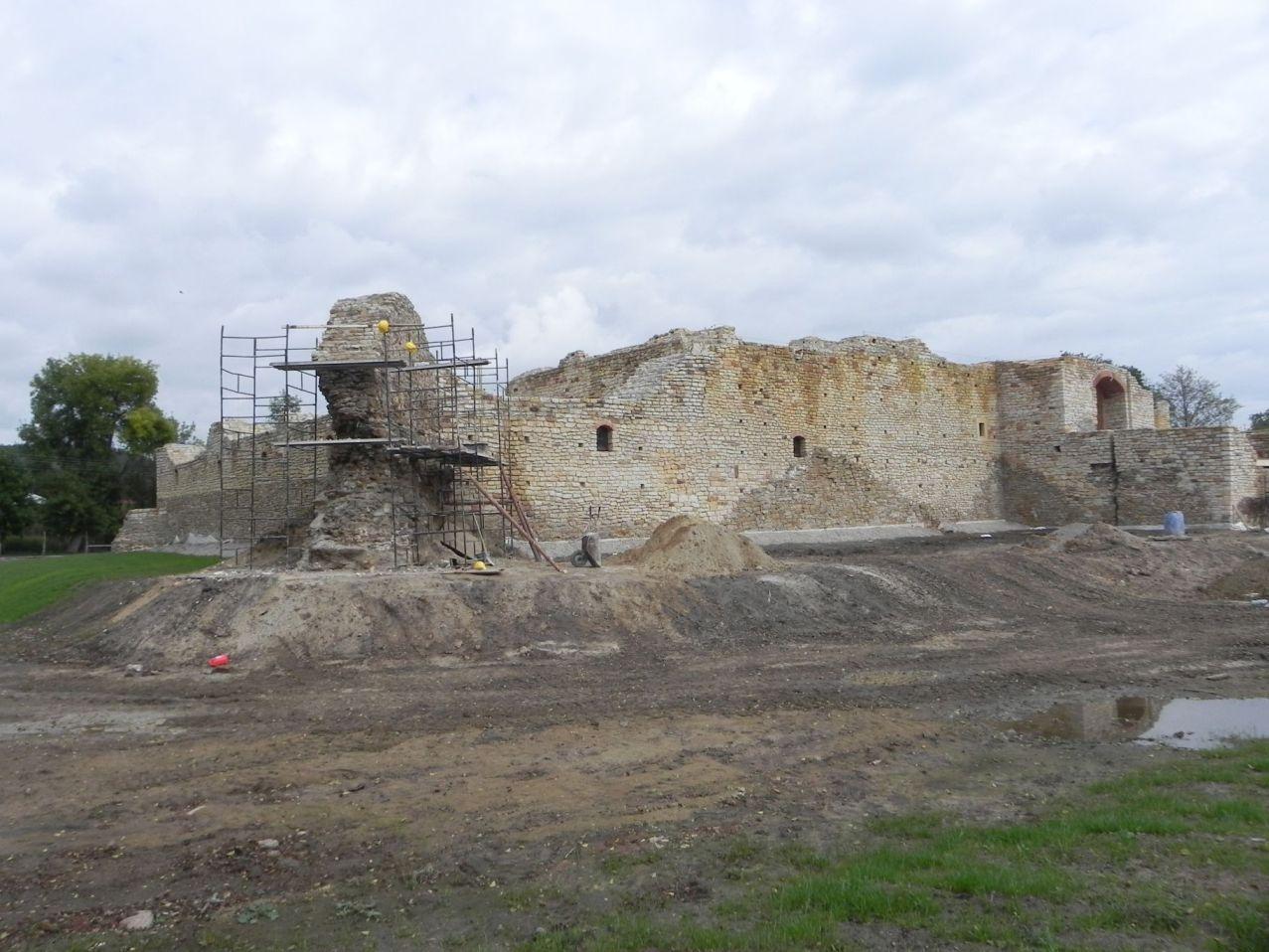 2012-09-16 Inowłódz - Ruiny zamku (15)