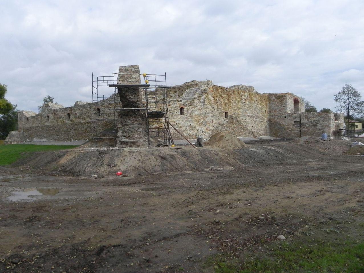 2012-09-16 Inowłódz - Ruiny zamku (16)