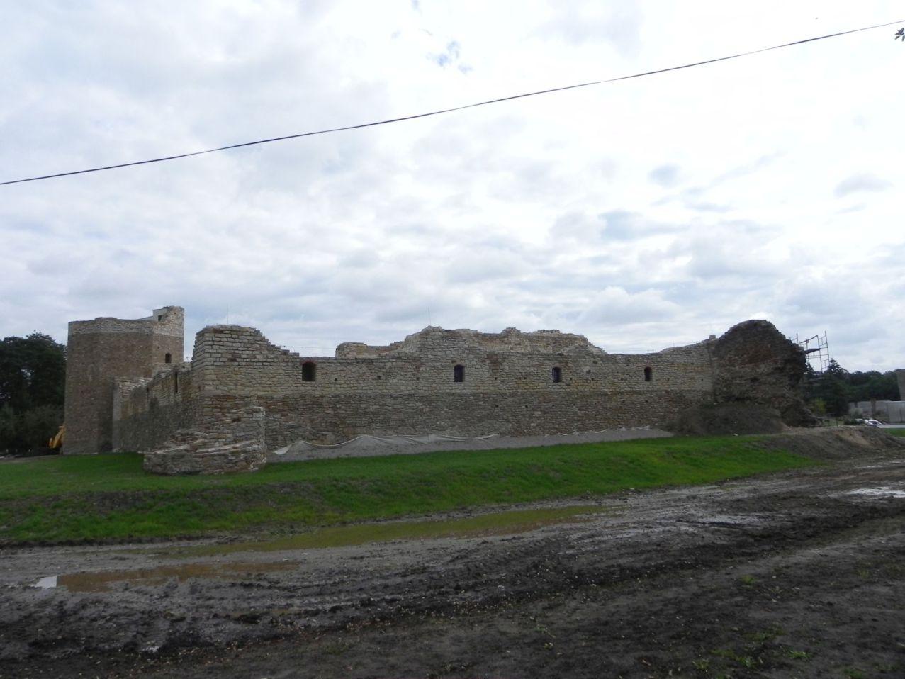 2012-09-16 Inowłódz - Ruiny zamku (25)