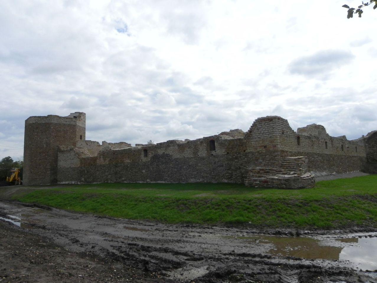 2012-09-16 Inowłódz - Ruiny zamku (30)