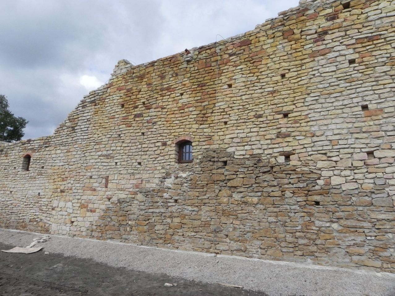 2012-09-16 Inowłódz - Ruiny zamku (5)