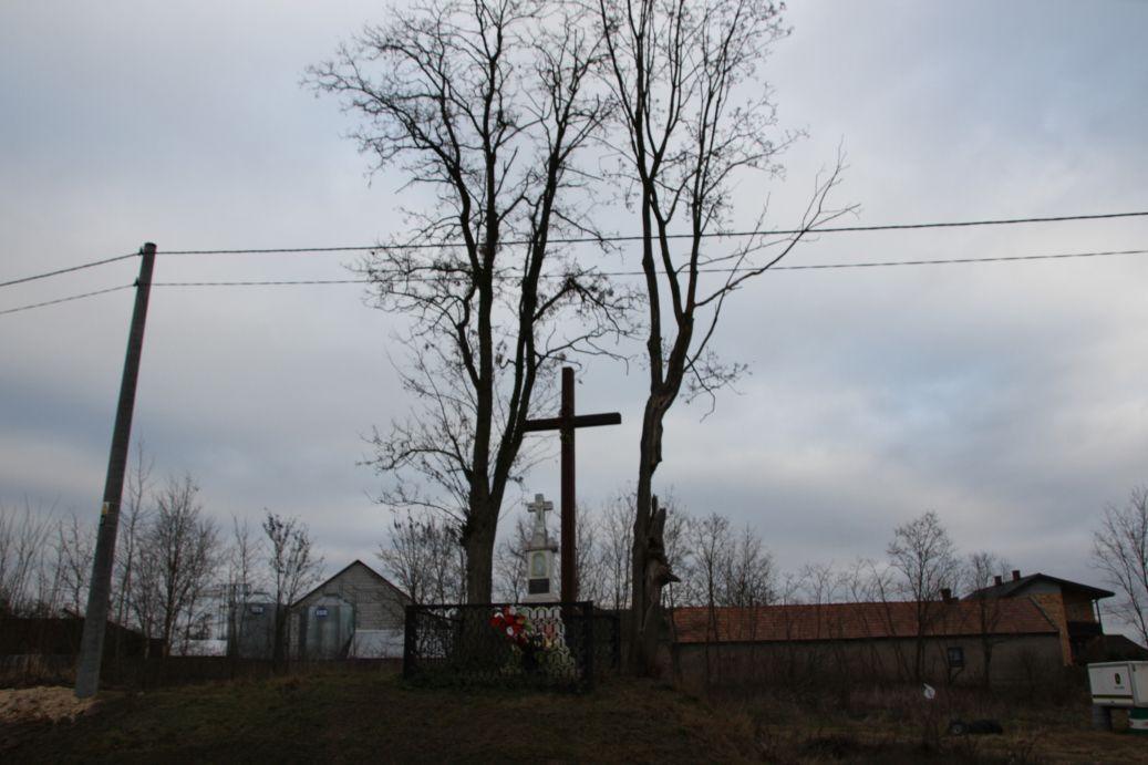2019-12-29 Wysokin kapliczka nr3 (1)