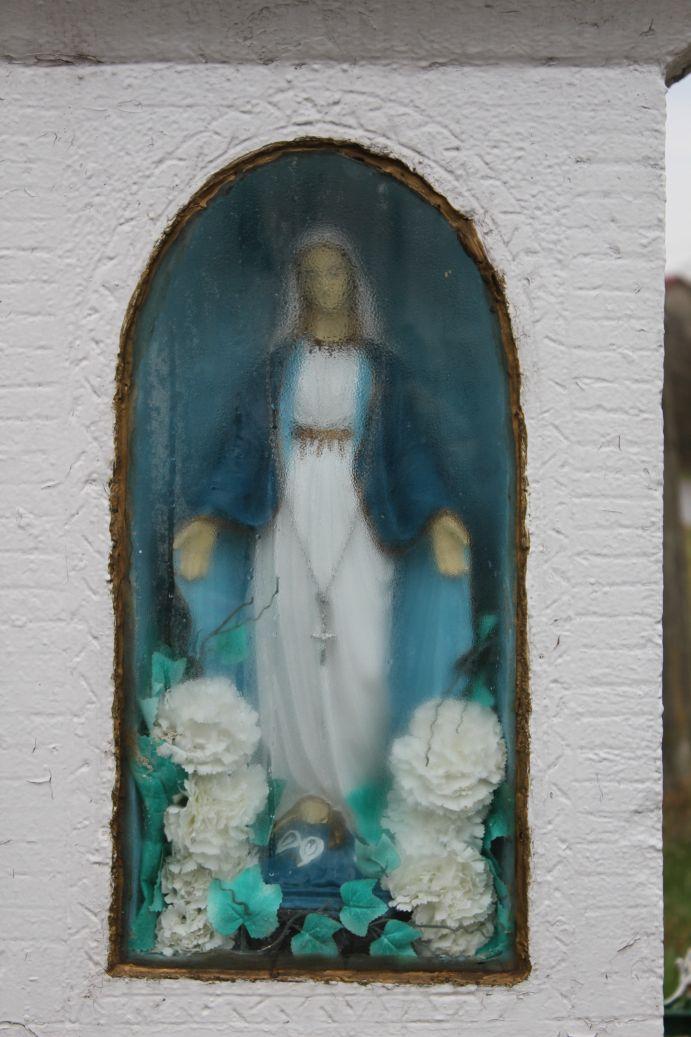2019-04-07 Zakościele kapliczka nr1 (9)