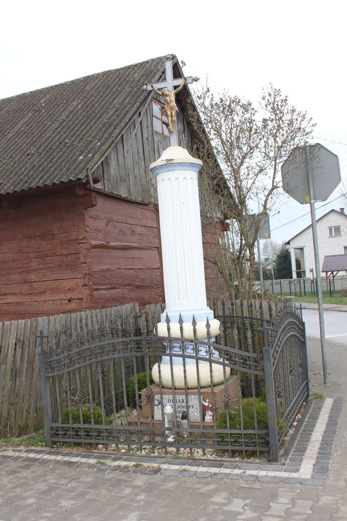 2019-04-07 Żardki kapliczka nr1 (2)