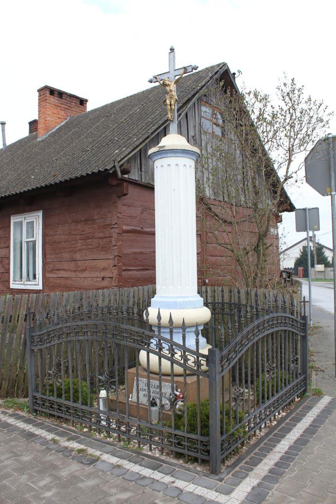 2019-04-07 Żardki kapliczka nr1 (9)