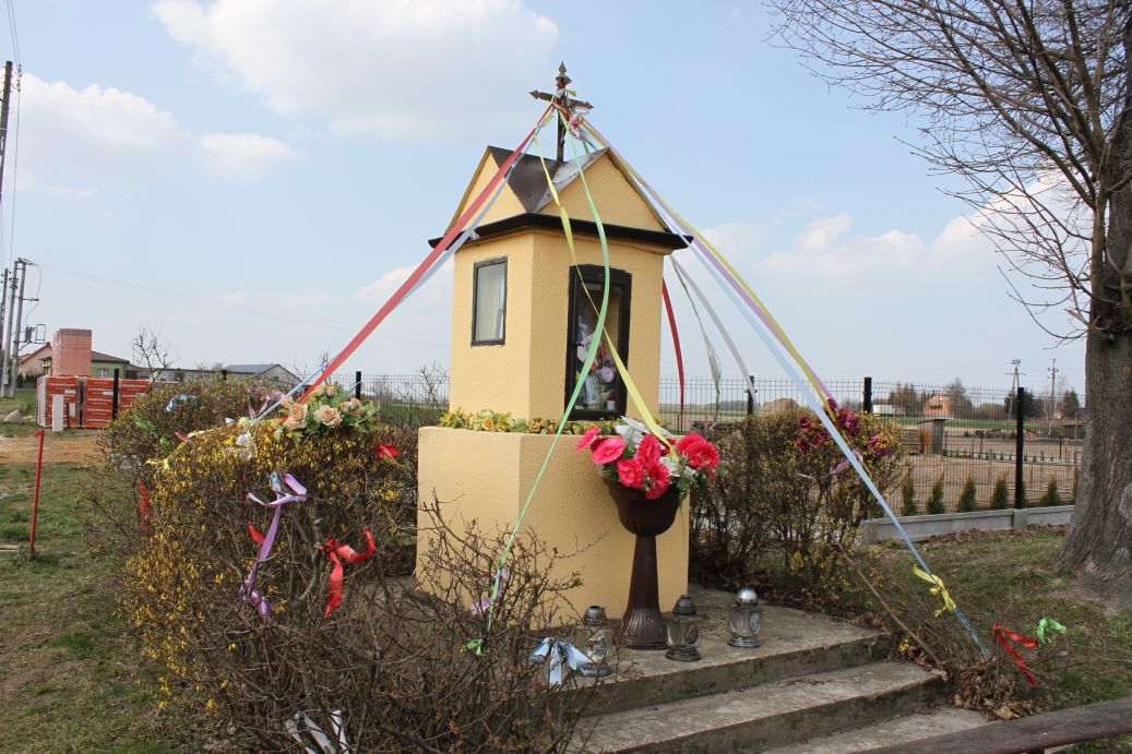 2019-03-31 Żelechlin kapliczka nr1 (16)