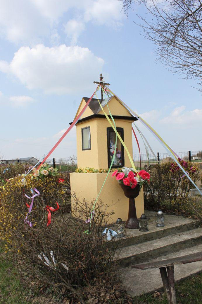2019-03-31 Żelechlin kapliczka nr1 (17)