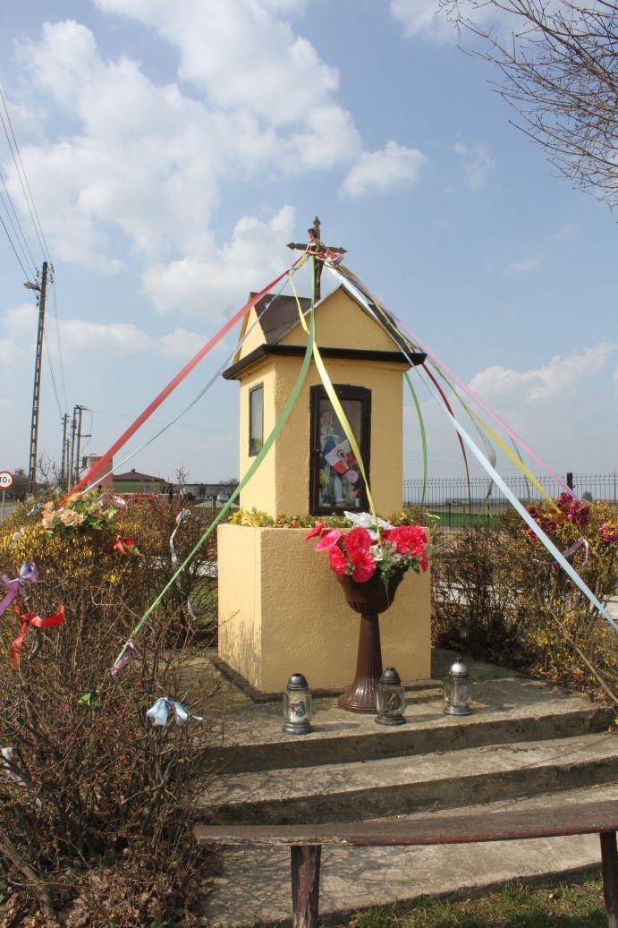 2019-03-31 Żelechlin kapliczka nr1 (2)