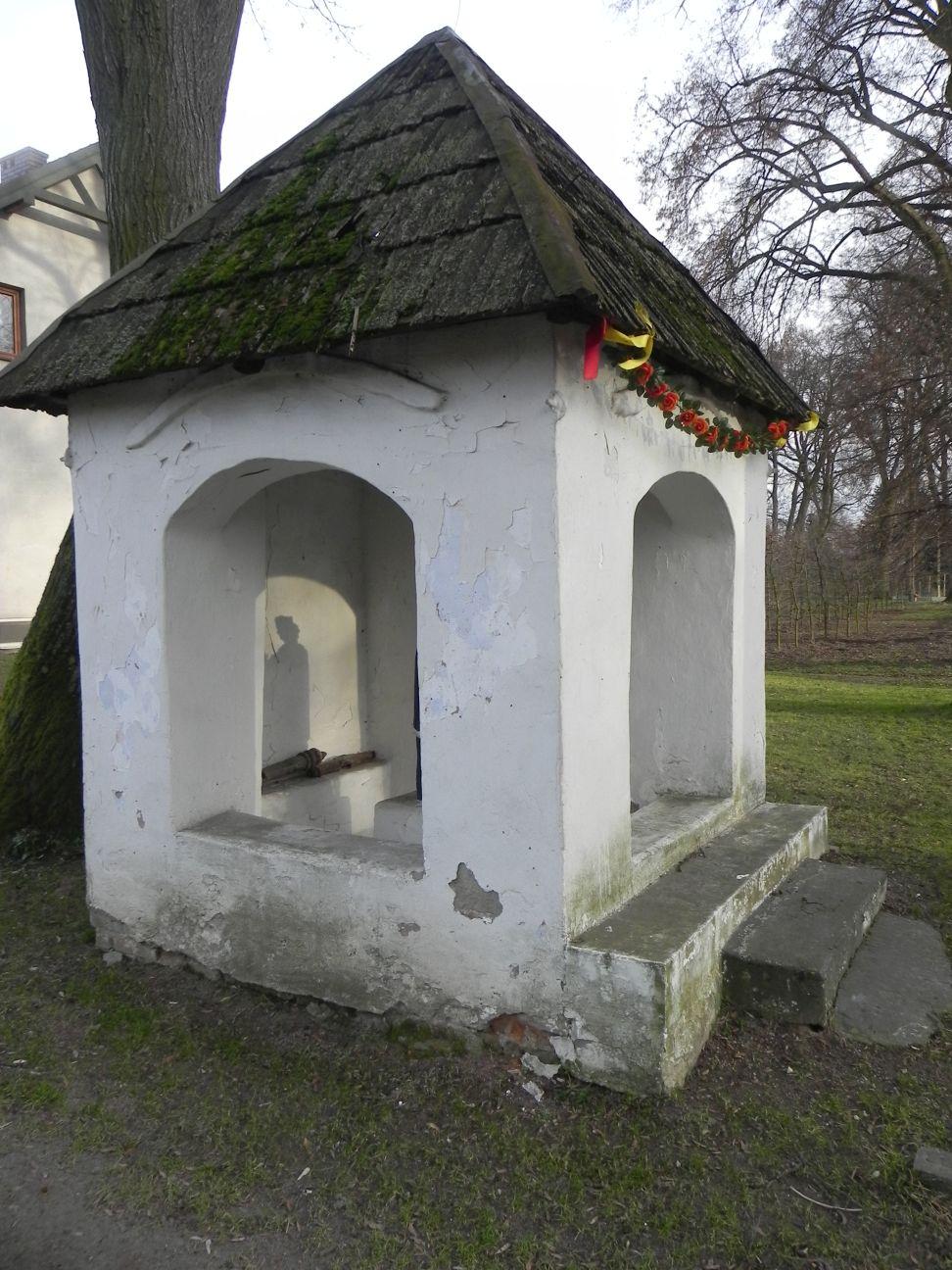 2013-12-26 Bujały - Kapliczka (4)