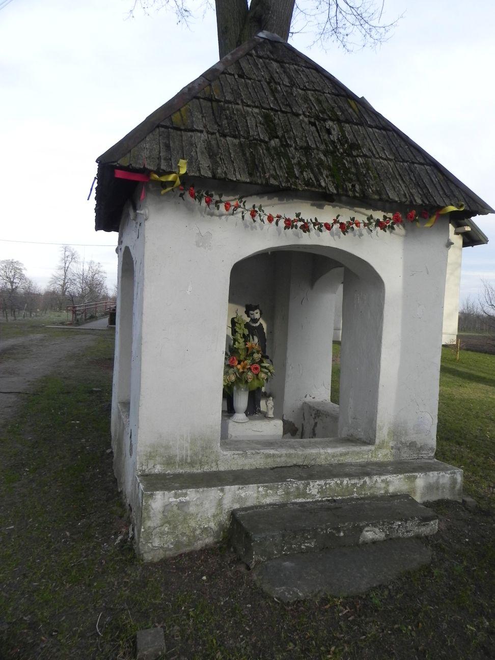 2013-12-26 Bujały - Kapliczka (5)