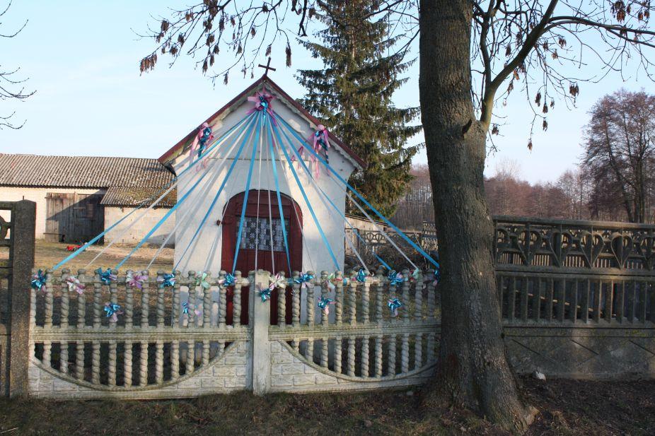 2019-02-18 Celigów kapliczka nr1 (1)