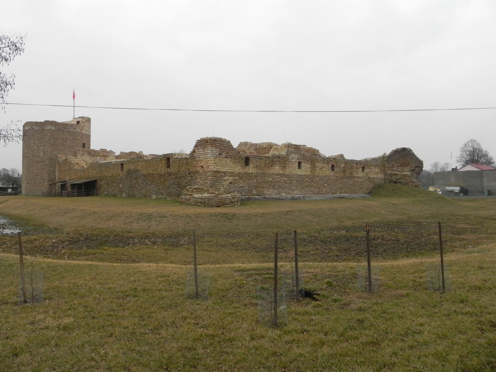 2014-01-05 Inowłódz - Ruiny zamku (21)
