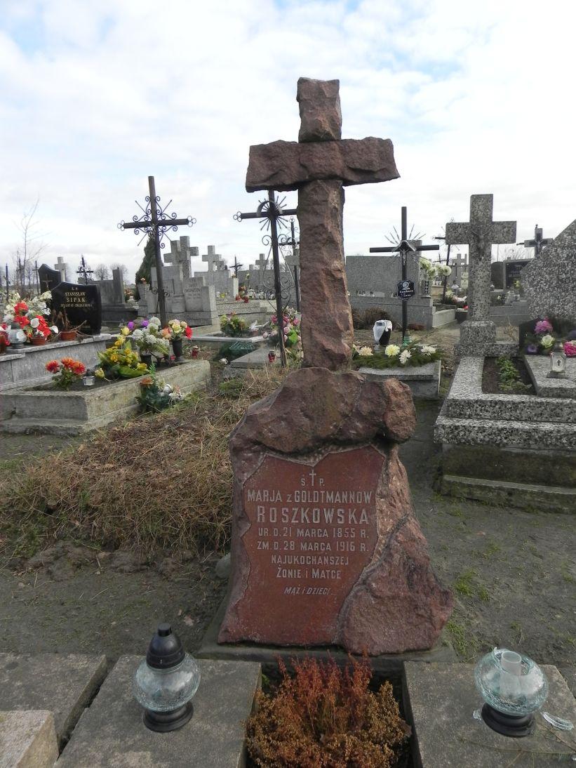 2011-02-09 Krzemienica - cmentarz parafialny (3)