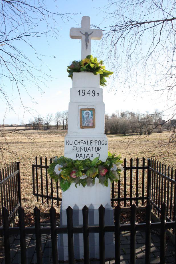 2019-03-10 Henryków kapliczka nr1 (11)