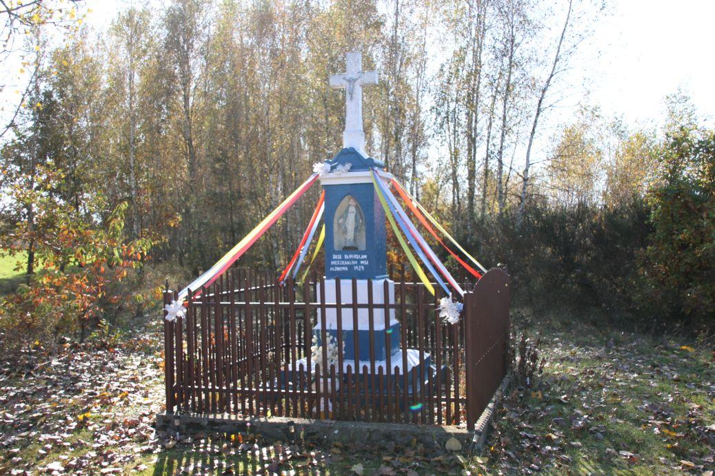 2019-10-20 Klonowa kapliczka nr1 (14)