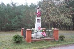2019-11-10 Misiakowiec kapliczka nr1 (2)