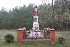 2019-11-10 Misiakowiec kapliczka nr1 (6)